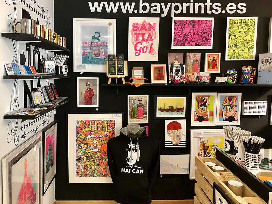Bayprints, a souvenir revolution in Baiona. Diseños y serigrafías de Tirso Sánchez Otaegui